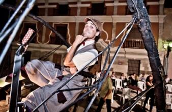 Pasacalles Teatral: Artea Teatro