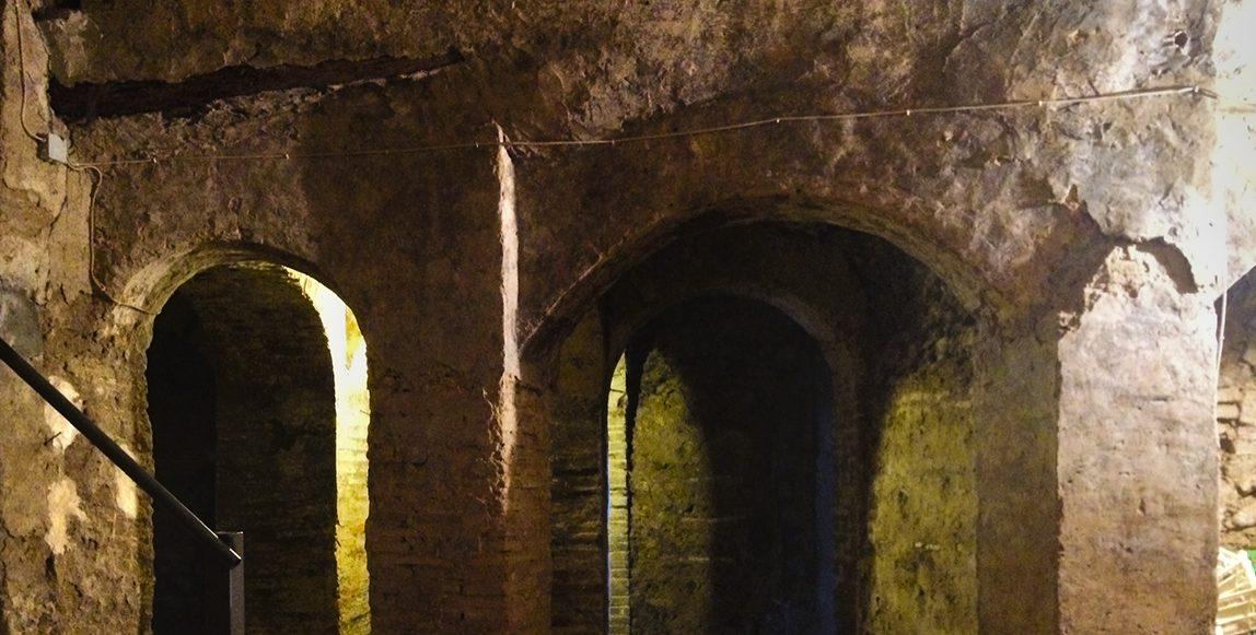 Mazmorras templarias y diseño de vanguardia: 'Estoesloquehay' ilumina con creatividad los rincones secretos de Belver de Cinca